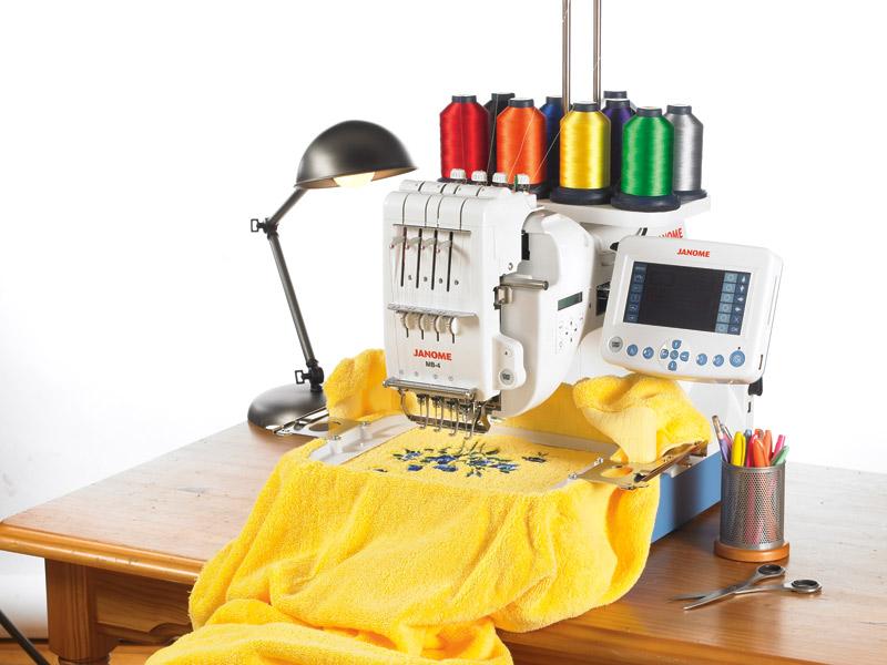 Швейная машинка компьютерная вышивка